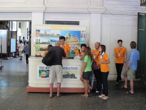 Bangkok Hua Lampong information booth