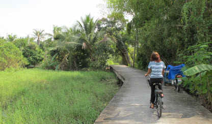 Bicycle ride Koh Kret