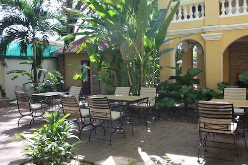 La Villa Restaurant Bar In Battambang Cambodia European Food