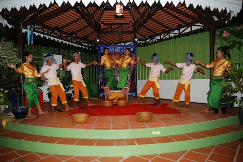 Traditional Khmer performance at Sandan Training Restaurant in Sihanoukville