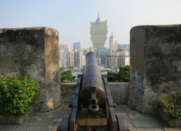 Canon and view from Monte Fort Macau