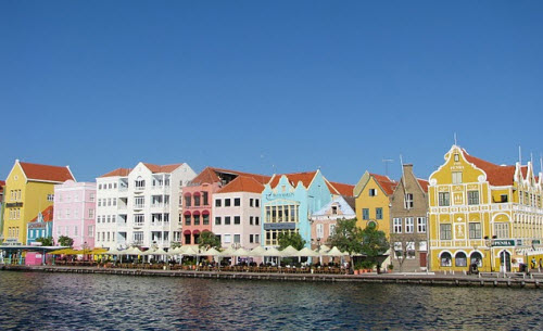 Handelskade Curacao - Travel info and travel advice