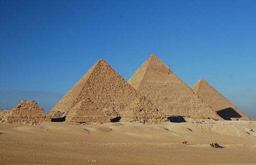 The Pyramids At Giza Egypt Trip Info And Guide Travel Advice