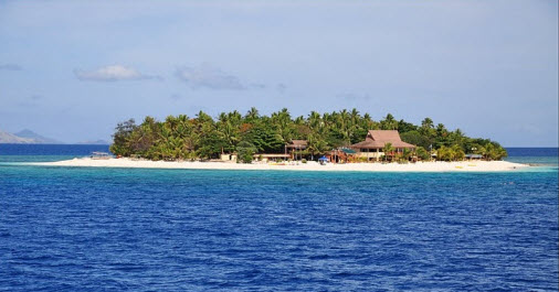 Beachcomber Island on Fiji - Travel Info and Travel Advice - Free World Travel guiide