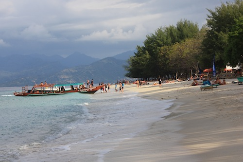Diving boat coming back to Gili Trawangan