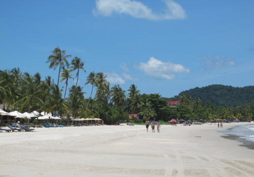 Pantai Cenang Beach Langkawi Island - Travel Guide