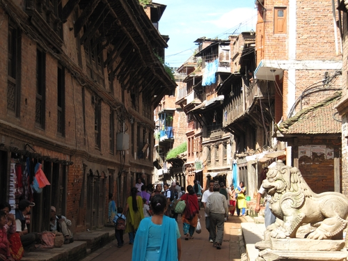 Street in Bhaktapur - Free World travel guide - trip info and travel advice