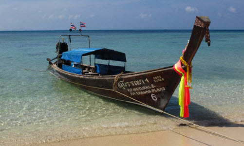 Long Tail boat Bamboo Island Thailand travel advice and travel info