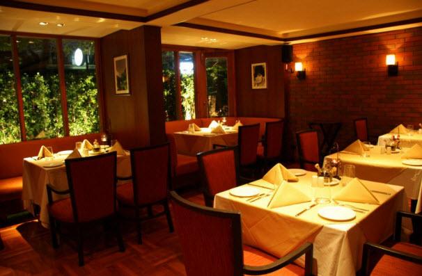 antonios italian restaurant sukhumvit area bangkok