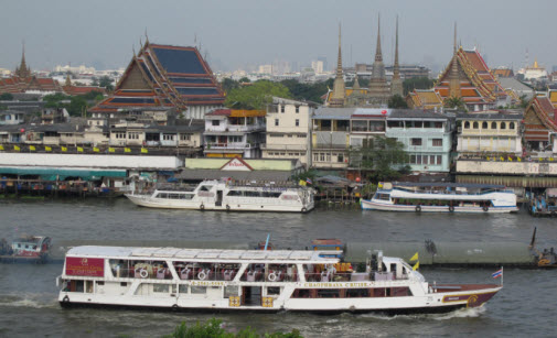 Old city seen from Wat Arun