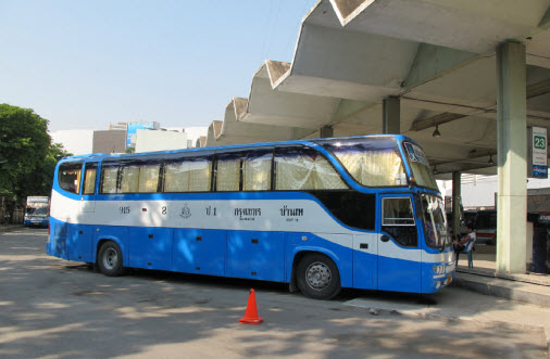Bus at the Eastern Bus Terminal Ekkamai
