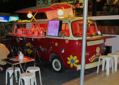 The hippie bus sukhumvit