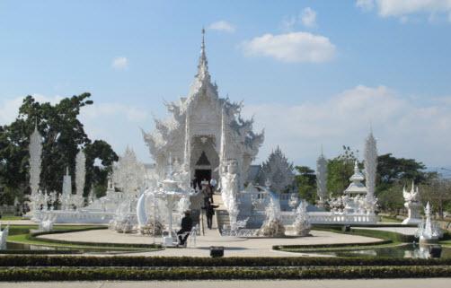 Wat Rong Khun in Chiang Rai