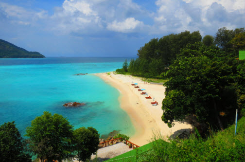 Beaches on the island of koh lipe - Sanom beach dive resort ...