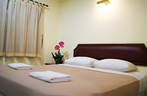 Doung Jai House Cheap Lodging Phuket