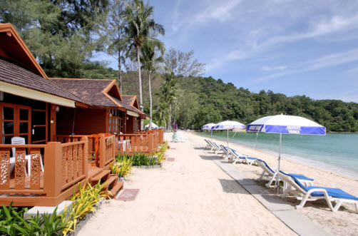 Patong Bay Hut Cabins On The Beach Tri Trang