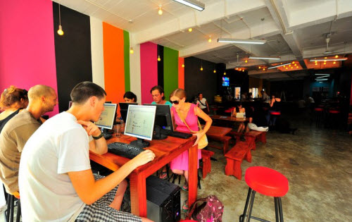 Hanoi Backpackers Downtown Vietnam Internet